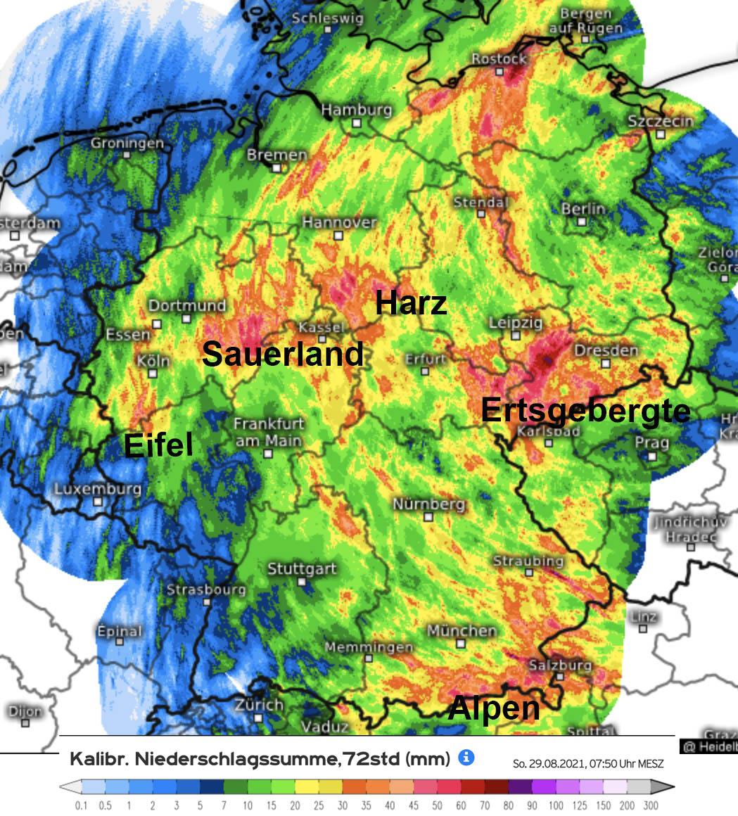 De noordelijke stroming van de afgelopen dagen zorgt wederom voor veel neerslag in de Middelgebergten in Duitsland.