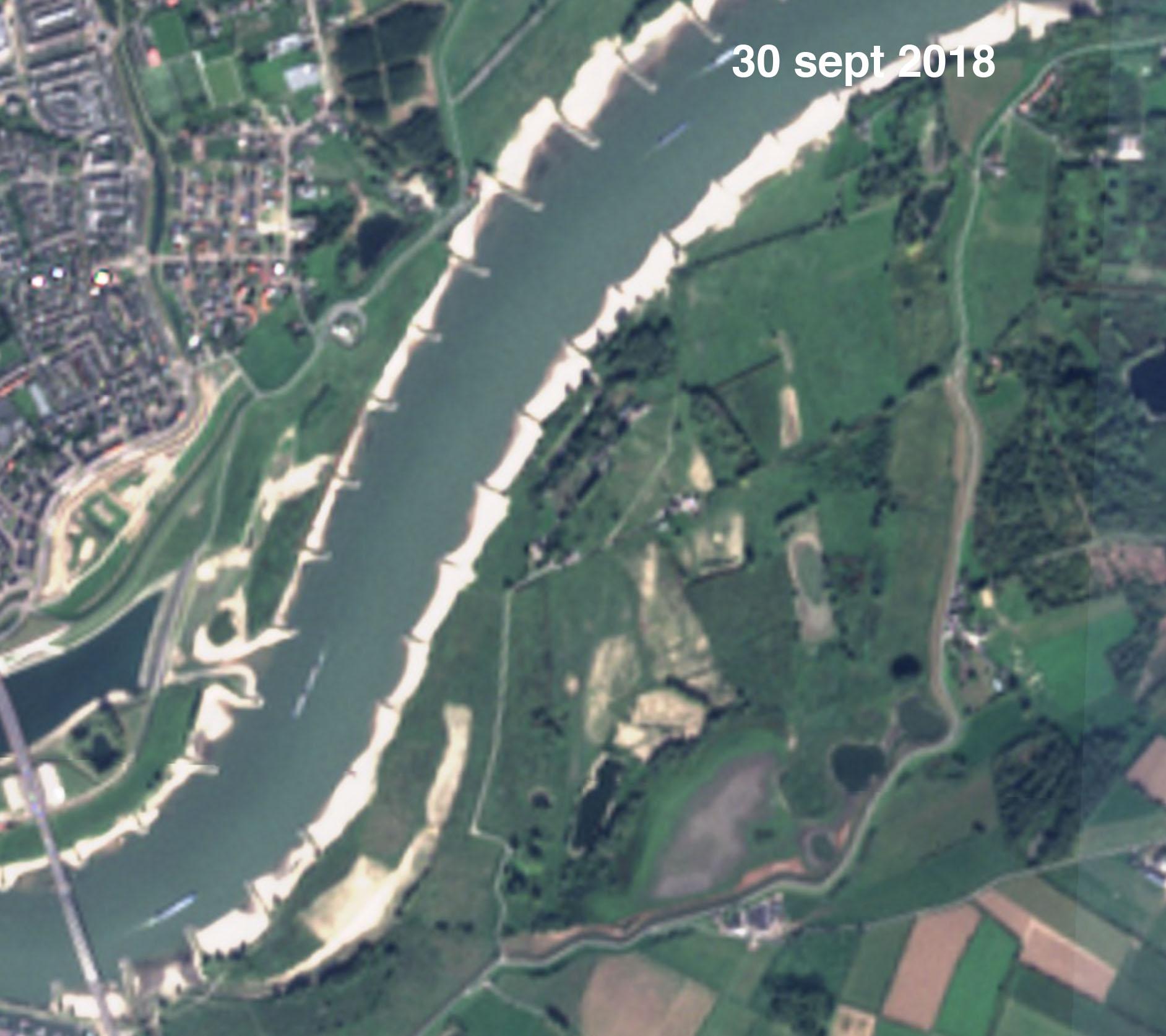 Satellietfoto van de Oude Waal nabij Nijmegen najaar 2018 (bron: https://apps.sentinel-hub.com/sentinel-playground/)