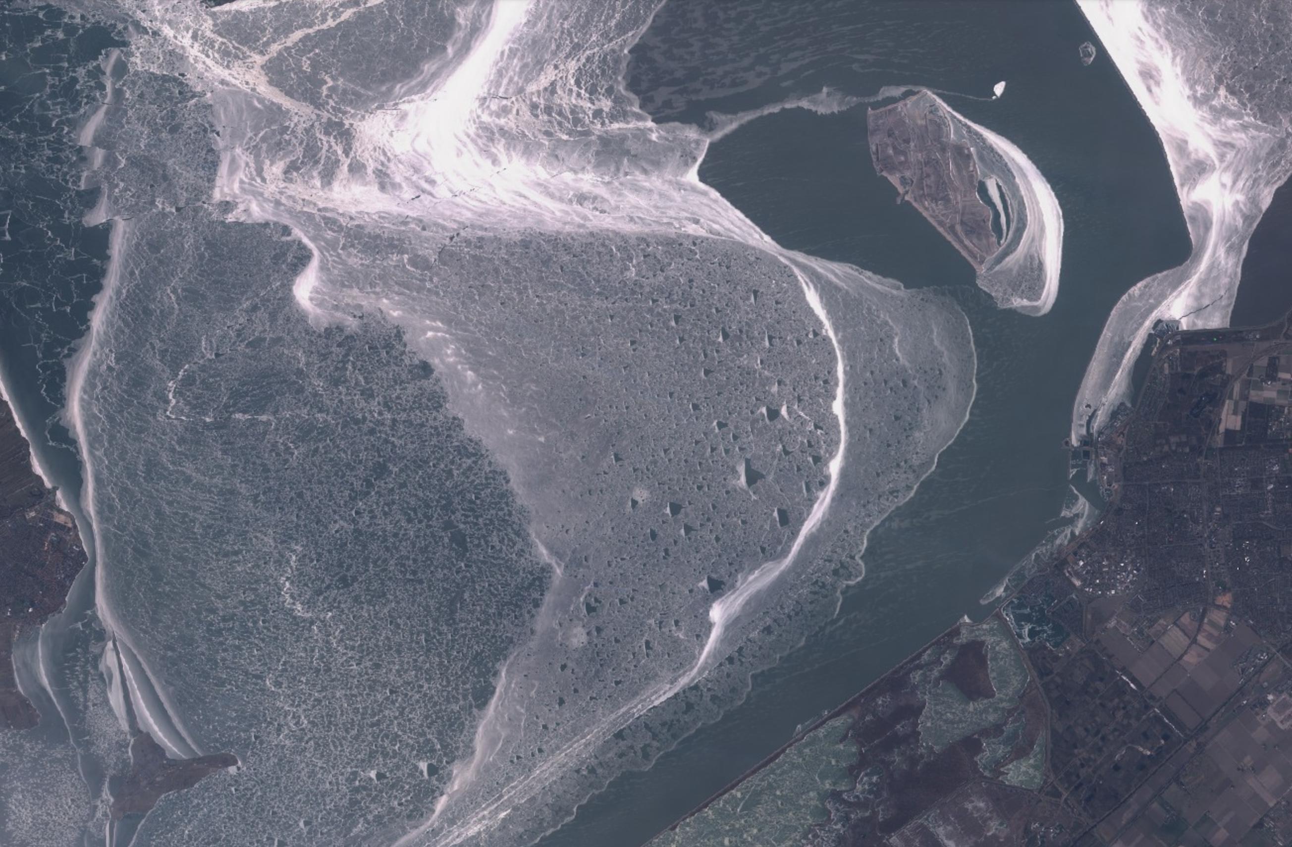 Detail ijsplaat Markermeer