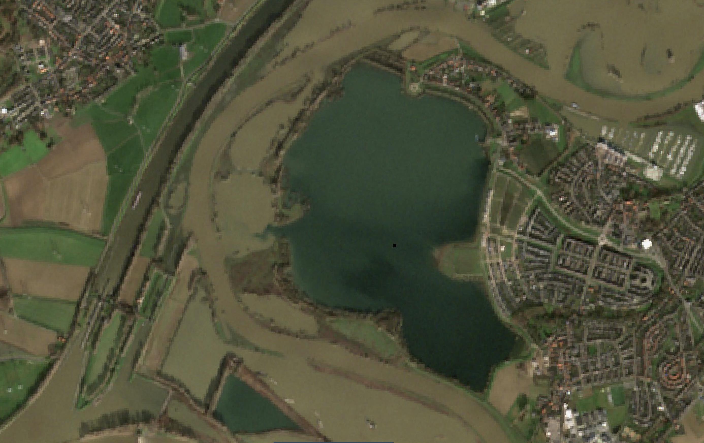Satellietfoto van het Maasplassengebied nabij Ool