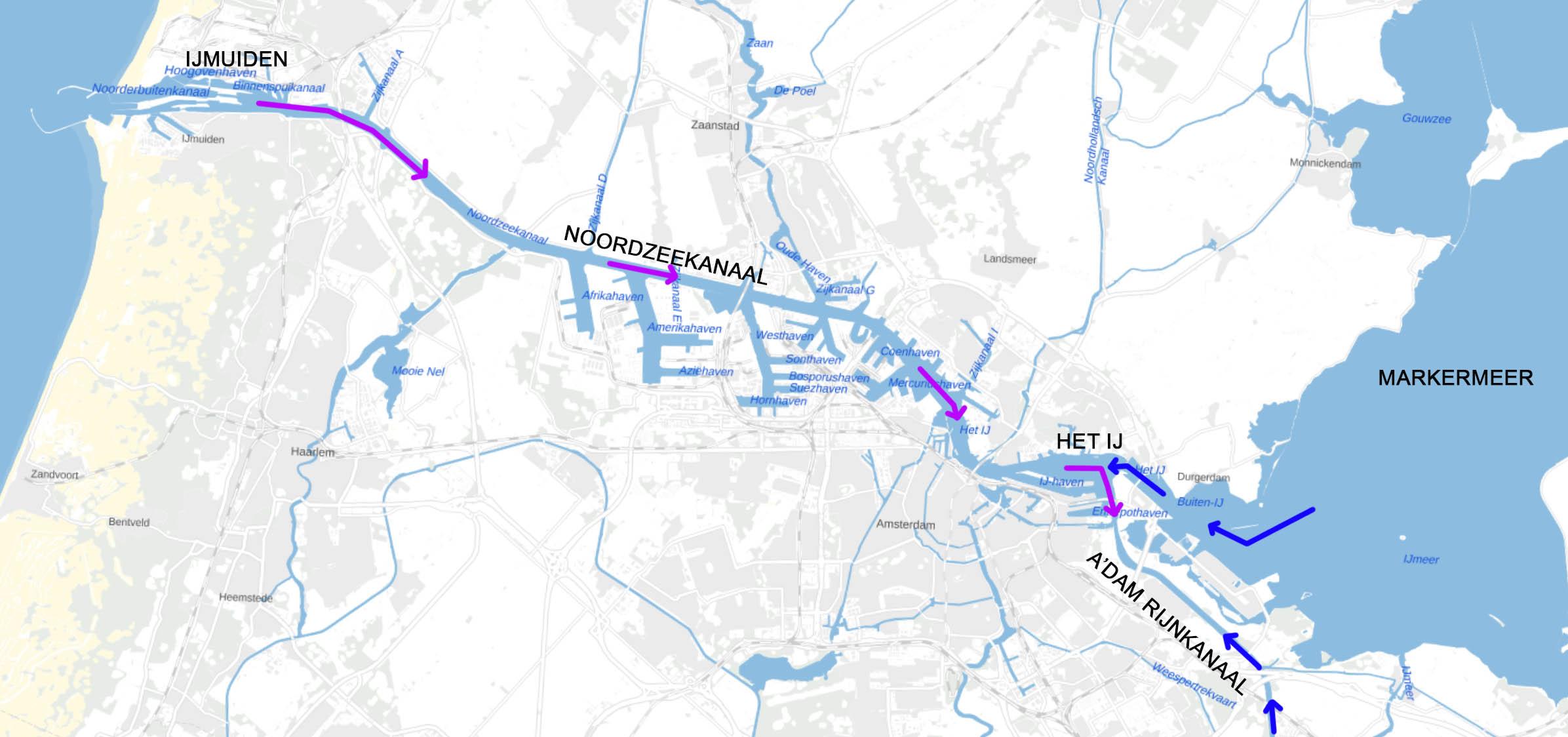 Situatieschets Noordeekanaal met zout water (paarse pijlen) dat via de sluizen van IJmuiden tot  ver naar het oosten doordringt. Er si maar weinig zoetwater (blauwe pijlen) beschikbaar om dat tegen te houden.